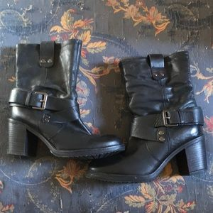 Shoes - Black leather ankle boots